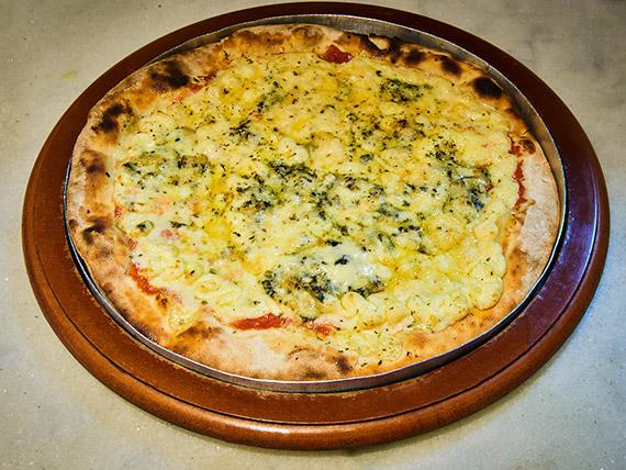 480 - Pizza quatro queijos (quattro formaggi) grande