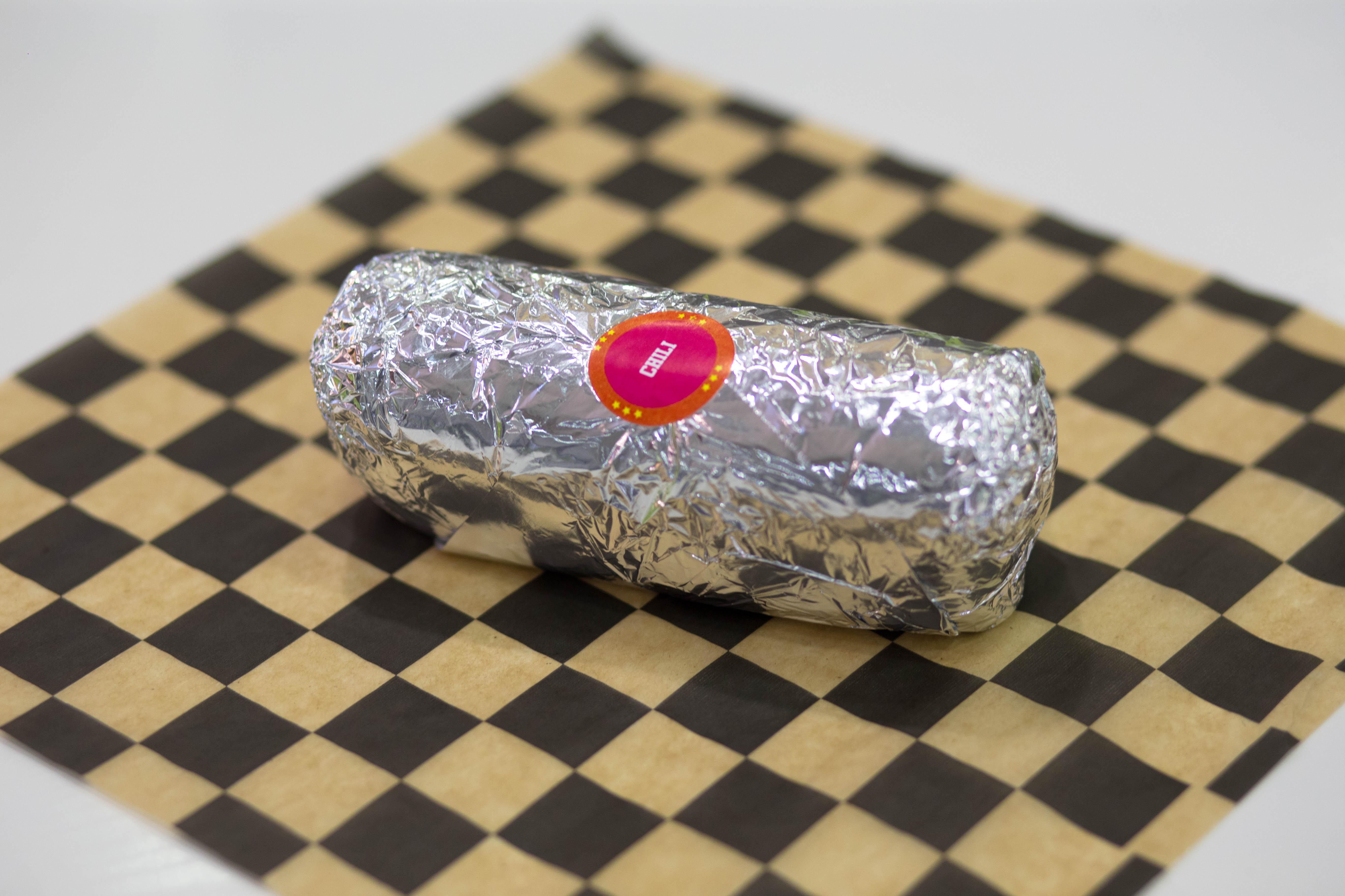 Burrito de chili y queso