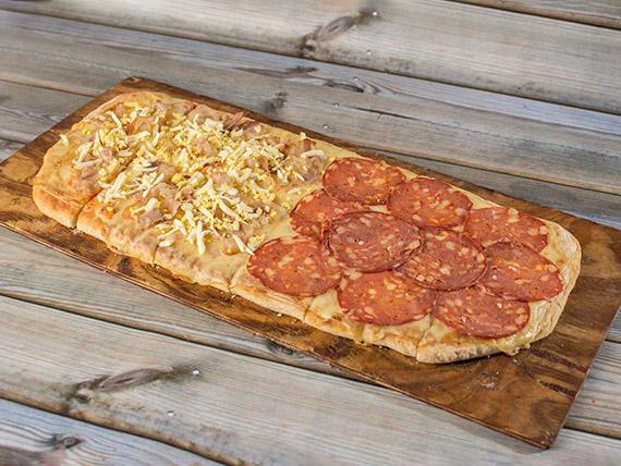Pizza mitad y mitad a la parrilla
