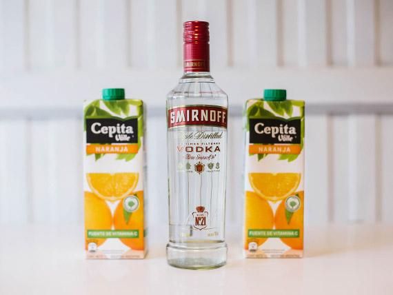Promo 7 - Vodka Smirnoff 750 ml + 2 jugos Baggio 1 L