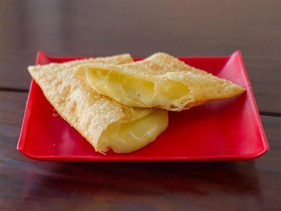 02 - Pastel de queijo