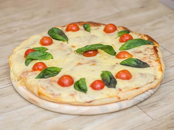 Pizzeta caprese (40 cm)