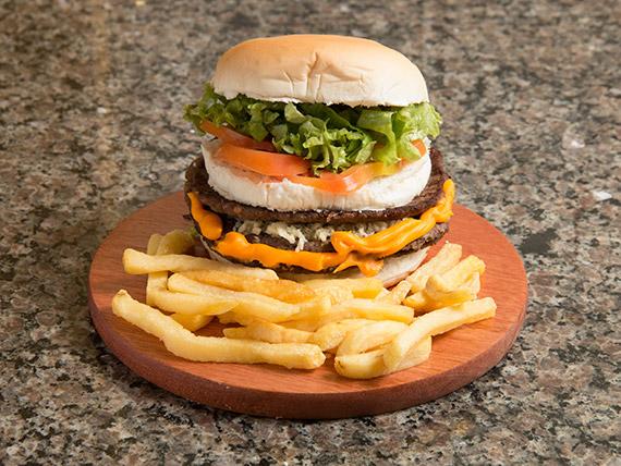 Hambúrguer mega Ferreira