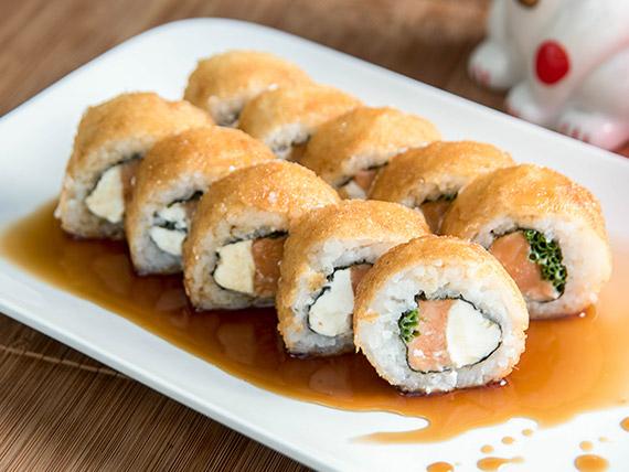 33 - Tempura con  salmón, , queso crema y ciboulette   (10 piezas)