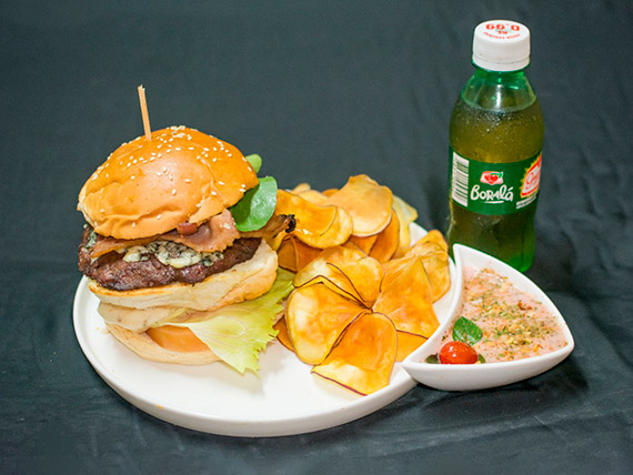 Combo - nº 5 –Artesanal burger top + refrigerante + porção de batatas doce roxa fritas e ervas