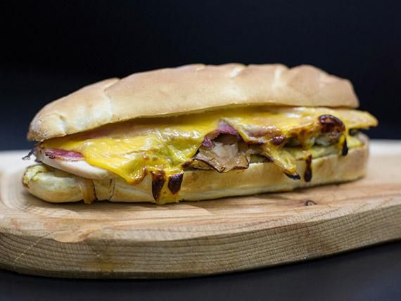 Sándwich súper chicken
