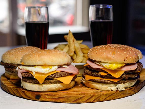 Promo - 2 hamburguesas dobles + 2 hamburguesas triples + 4 Coca Cola 235 ml