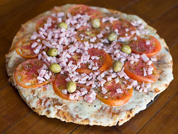 Pizza con napolitana especial
