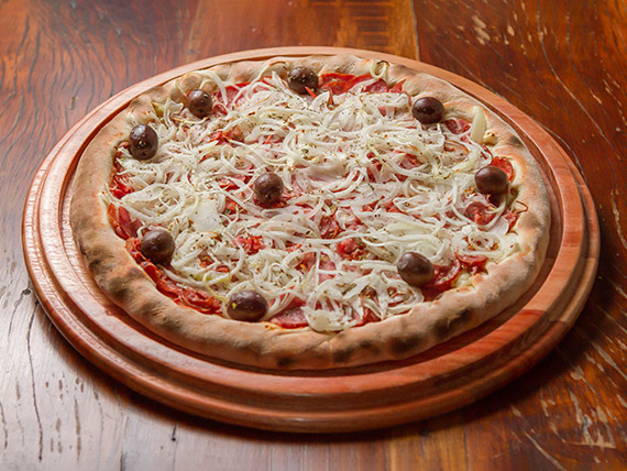 16 - Pizza de calabresa