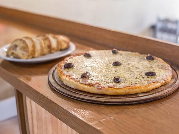 Promo 1 - Pizza grande de muzzarella + 6 empanadas