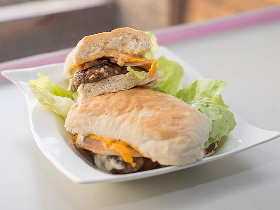 Sándwich de hamburguesa de carne