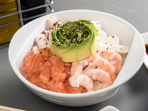 Gohan nikkei con 4 ingredientes premium