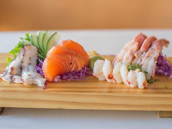 Trío sashimi (6 cortes)