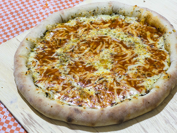 Pizza 4 queijos grande
