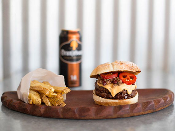 Combo Power - Red Hot Chilli Peppers burger + Oranjeboom super strong + fries