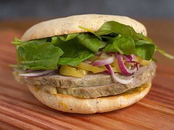 Sándwich de bondiola brasseada