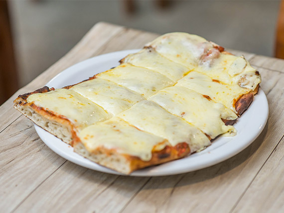 Pizza muzzarella porción