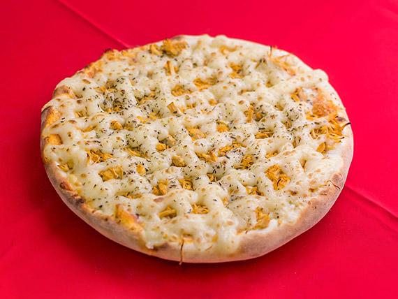 12 - Pizza frango com catupiry média