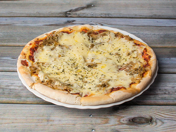 3 - Pizza fugazzeta (8 porciones)