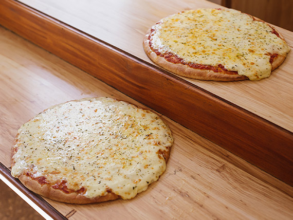 Promo - 2 pizzas grandes con muzzarella